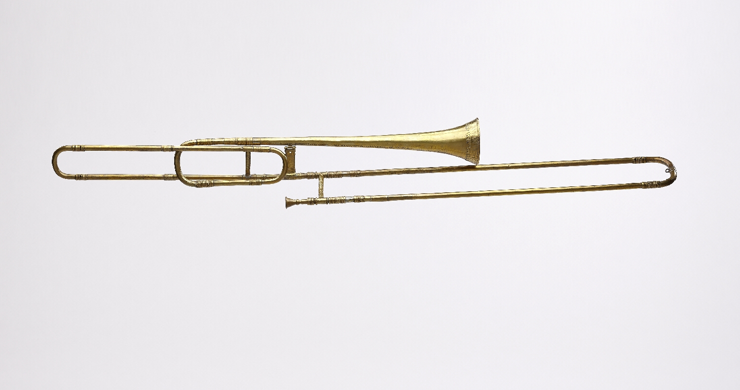 Bass trombone in D with the coat of arms of Prince Archbishop Count Paris Lodron, Sebastian Hainlein the Younger, Nuremberg, 1622, brass, inv. no. MI 1560