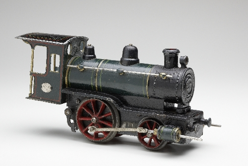 Steam locomotive with clockwork, made by: Ernst Plank OHG, 1895–1915, tin, inv. no. S 4146-2002
